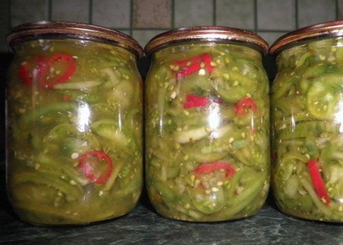iz-zelenyh-pomidor-bez-sterilizacii