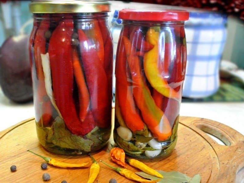 ostryj-perec-marinovannyj-na-zimu-prostye-recepty-s-chili-halapeno-pepperoni