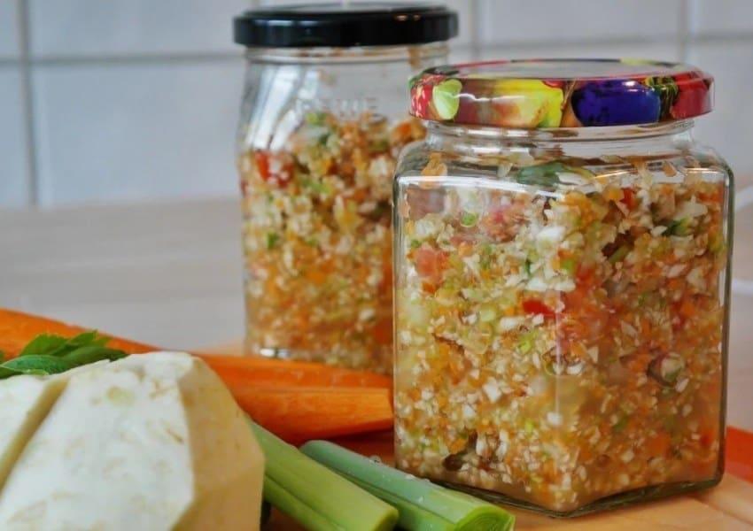 salat-osennij-na-zimu-vkusnye-recepty-s-sezonnymi-ovoshchami