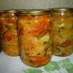 salat-vitaminnyj-na-zimu-recepty-iz-kapusty-pomidorov-perca-i-morkovi