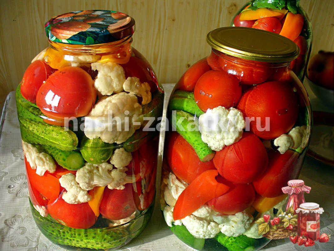 assorti-iz-ogurtsov-pomidorov-kapusty-i-pertsa